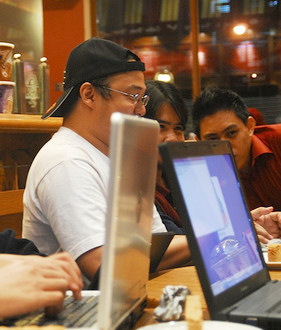 Coffee Shop Owners Shunning Free WiFi More