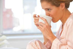 How Coffee Keeps You Awake Longer